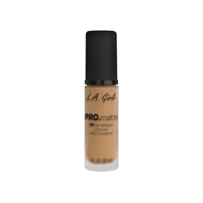 L.A. GIRL Pro Matte Foundation - Sandy Beige