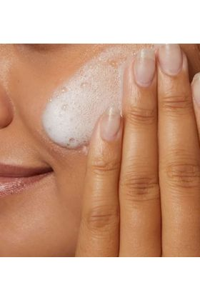 Cerave -Hydrating Cream-to-Foam Cleanser